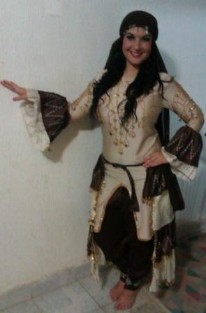 Zaghareet - folkloric Haggala costume